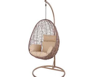chaise suspendue en forme d'œuf en rotin